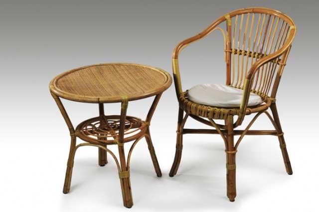 Sedia E Tavolino In Vimini Noleggio Attrezzature Per